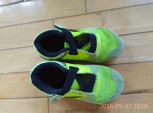 Reebok sport shoes for boy -size 7.5 Gatineau Ottawa / Gatineau Area image 1