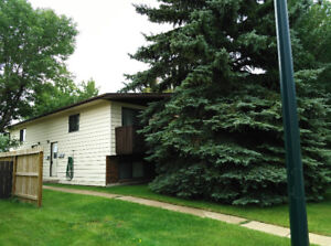 Great Deal 2Bed/1.5bath, Water Included, Private laundry!