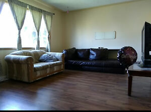 Southgate Large Furnished Room Available Immediately $25/night