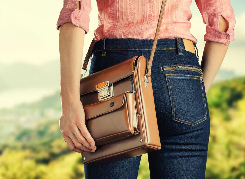 Für optimalen Tragekomfort: Darauf sollten Sie bei der Auswahl von Crossover-Bags achten