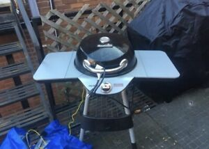 Electric charbroil bbq