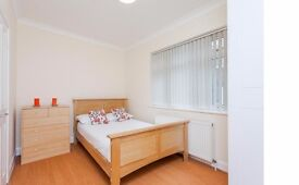Outstanding 1 bedroom apartment on Edgware Road W2 £330 All Bills Included