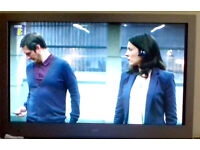 "Tv Bush 24"" led,full hd,build in freeview/dvd"
