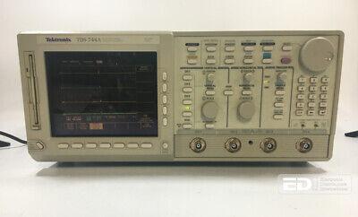 Tektronix Tds 744a Color 4 Channel Digitizing Oscilloscope 500 Mhz2 Gss Ott