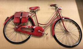 Lovely ornamental red vintage bike in very good condition!!!