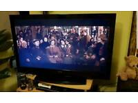 3D TV combo with 3D blue Ray + Chomecast +HDMI cable