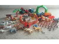 Farm and safari play set