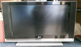 LG 37 Inch LCD TV With Remote