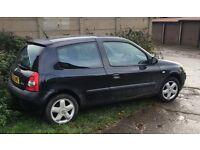 Renault Clio Dynamique Billabong Black 16V 2003. (Electrical Problem)