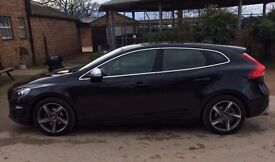 VOLVO V40 R-Design (2013) - low mileage, 1st private owner