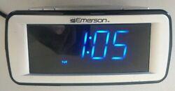 Emerson smart set alarm clock Cks9031