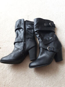 Black Lady's Boots size size 6- Like New