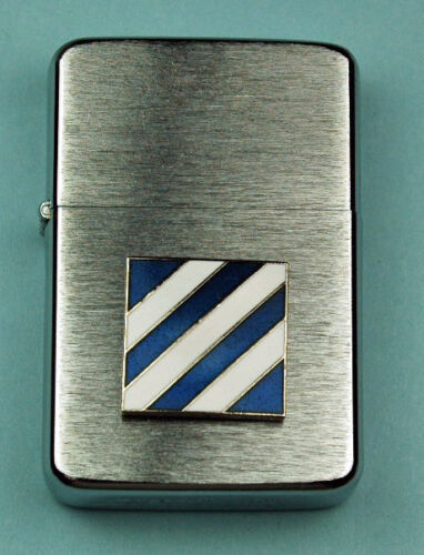 3rd INFANTRY DIVISION ARMY WIND PROOF PREMIUM LIGHTER -  GIFT BOX  ARMY SBC 12