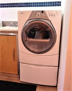 WHIRLPOOL DUET SPORT ELECTRIC DRYER/PEDESTAL