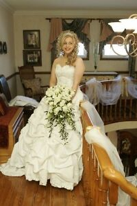 Stunning Ball Gown Wedding dress