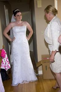 Beautiful mermaid style wedding dress