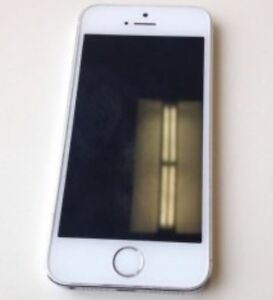 iPhone 5s silver  10/10 condition 32gb