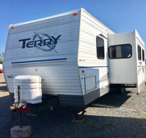 RV's with damages for your project! AT ORANGE RV inc.