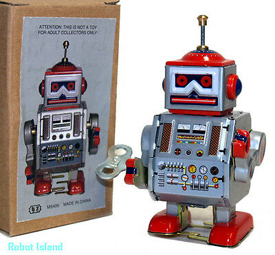 Tin Toy Windup Robot Little Giant Space Toy - USA -