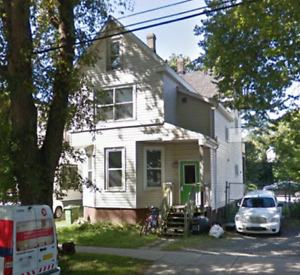 bright summer sublet in the North end! (May 1 - August 31 )