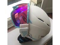 Brand NEW Bolle Osmoz Ski Helmet with goggles 54- 58 cm.
