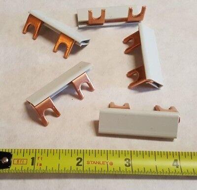 5 Qty. Altech Corp 38045 2 Fork Lug Busbar Jumper 2 One Phase 125a Disti Block