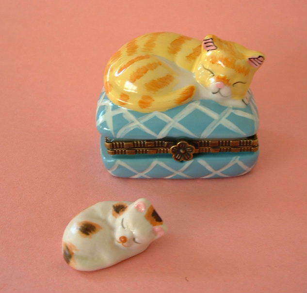 New Handpainted Yellow Tabby Cat Napping on Blue Pillow Porcelain Hinged  Box