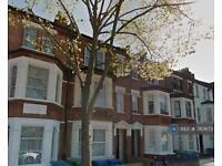 5 bedroom flat in Ethnard Road, London, SE15 (5 bed)