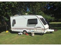 2 Berth Swift Challenger 400 SE Caravan 2000 NO DAMP- Dry as has been undercover EXCELLENT condition