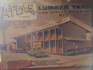 Atlas HO Scale Lumber Yard and Office Building Kit