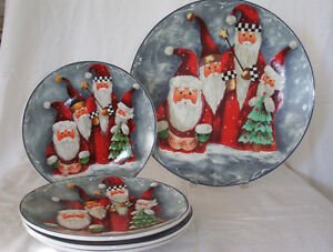 New, Winterlude & St.Nick Collection of plates Cornwall Ontario image 1