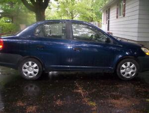 Toyota echo 2004 – Aubaine - Rien à faire dessus