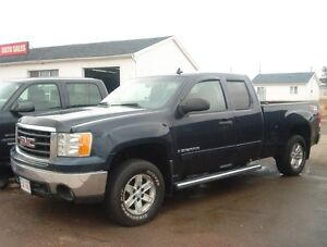 reduced $11995 2007 GMC Sierra 1500 EXTENDED CAB Pickup Truck