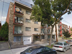 4 1/2 Apartment for Rent $600 a Month - Rosemont
