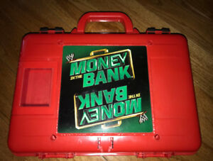 WWE WWF Money in the Bank Carrying Case with Mini Wrestlers