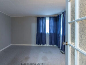 4 BDR house near Wharncliffe and Commissioners for Rent - $1600 London Ontario image 6