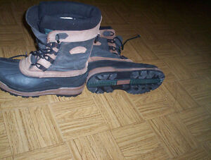 mens size 11 Columbia winter boots waterproof thermolite