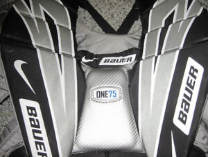 BAUER SUPREME ONE75 GOALIE CHEST PROTECTOR (INT.)