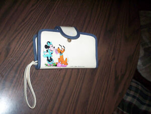 vintage Minnie Mouse & Pluto Walt Disney Productions wallet