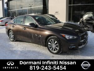2016 Infiniti Q50 2.0t Premium AWD, GPS, LIKE NEW