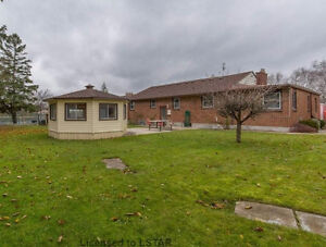 4 BDR house near Wharncliffe and Commissioners for Rent - $1600 London Ontario image 10