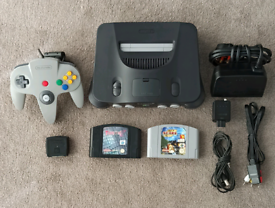 Nintendo 64 in excellent condition with two games