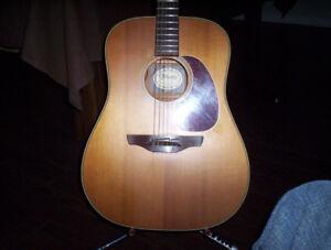 Guitare Takamine N15  Acc, Élect. 1992 fabriqué au Japon,