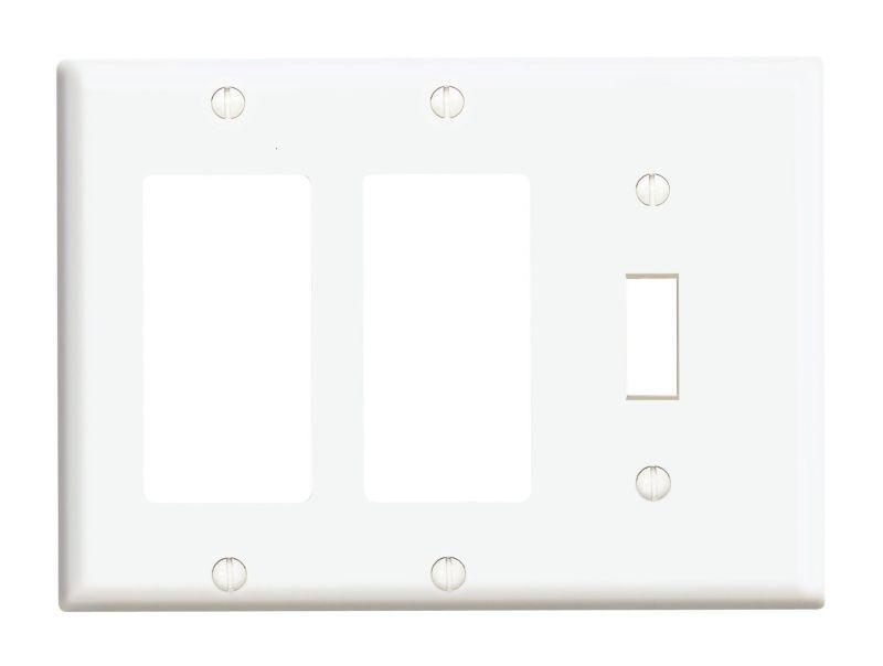 Leviton 80431 3-Gang 1-Toggle 2-Decora/GFCI Device Combinati