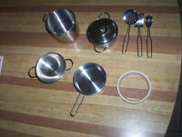 childs stainless steel cooking set