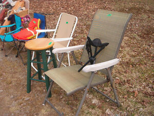 chairs and other items for sale  in YARD SALE!!
