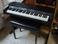 Robson Digital Piano - RP6110 - excellent condition