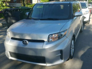 Scion XB 2011 - 74,500 km Leather Fully Loaded $9,500