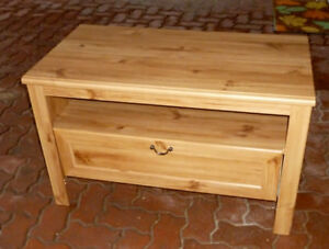 TV/Video/Cable box table