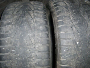 2 tires Nokian Hakkapeliitta 7 SUV 265/50 R 19 very good used.
